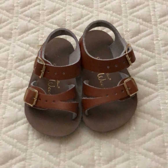 Saltwater Baby Sandals - Size 2. M 5ba57aed194dad4e5c6c36a5
